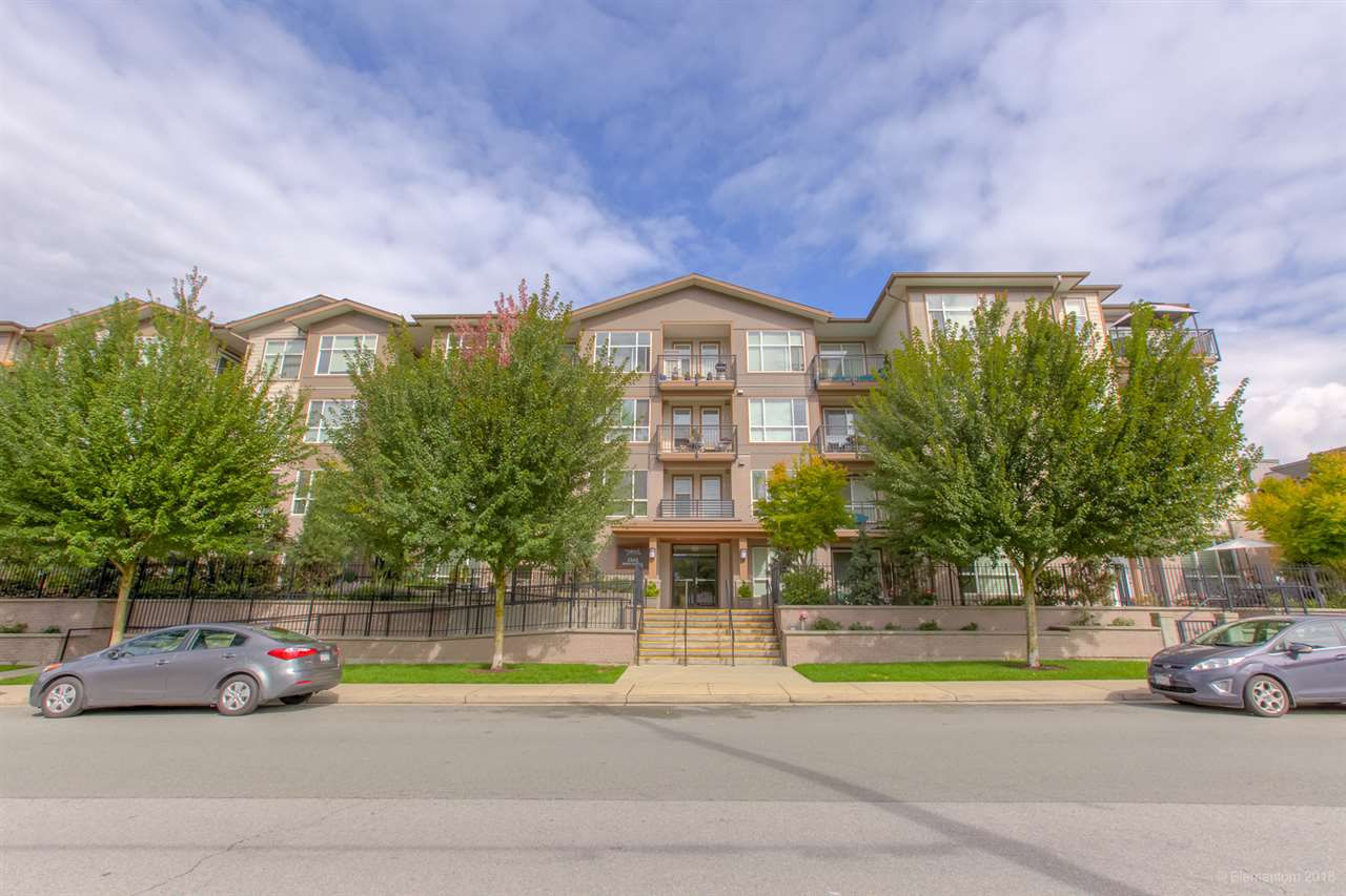"""Main Photo: 316 2343 ATKINS Avenue in Port Coquitlam: Central Pt Coquitlam Condo for sale in """"PEARL"""" : MLS®# R2305350"""