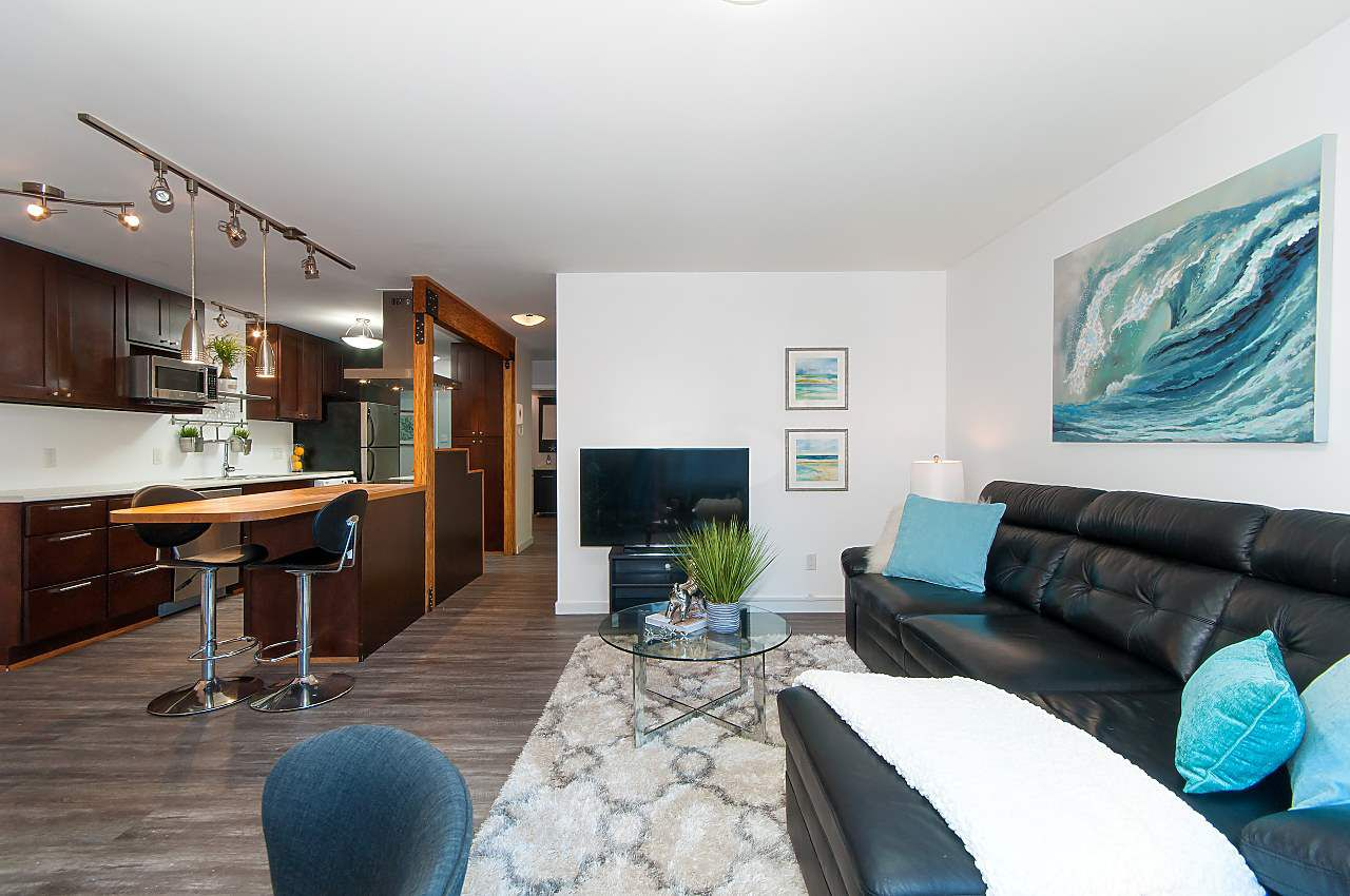 """Main Photo: 102 2224 ETON Street in Vancouver: Hastings Condo for sale in """"ETON PLACE"""" (Vancouver East)  : MLS®# R2306360"""