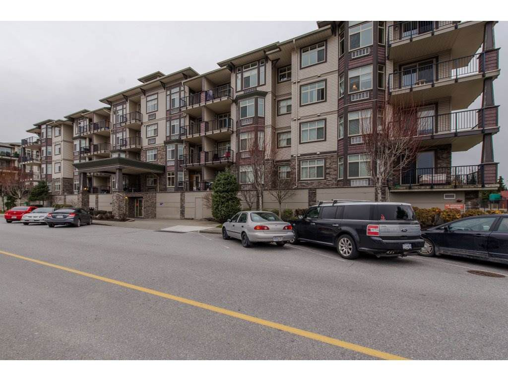 "Main Photo: 108 45893 CHESTERFIELD Avenue in Chilliwack: Chilliwack W Young-Well Condo for sale in ""The Willows"" : MLS®# R2330735"