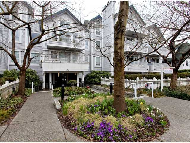 """Main Photo: 106 876 W 14TH Avenue in Vancouver: Fairview VW Condo for sale in """"WINDGATE LAUREL"""" (Vancouver West)  : MLS®# V878341"""