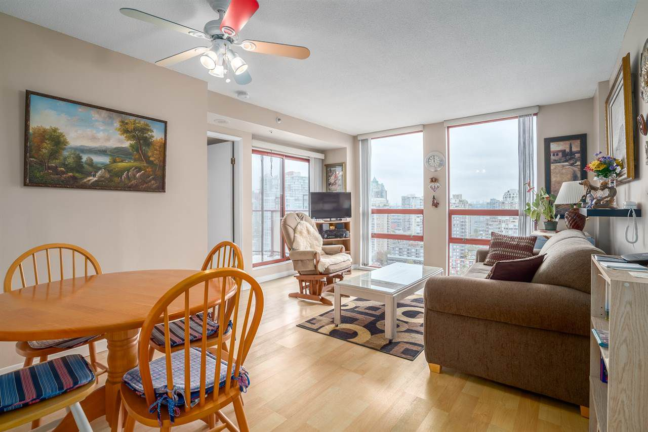 """Main Photo: 1706 811 HELMCKEN Street in Vancouver: Downtown VW Condo for sale in """"IMPERIAL TOWER"""" (Vancouver West)  : MLS®# R2008899"""