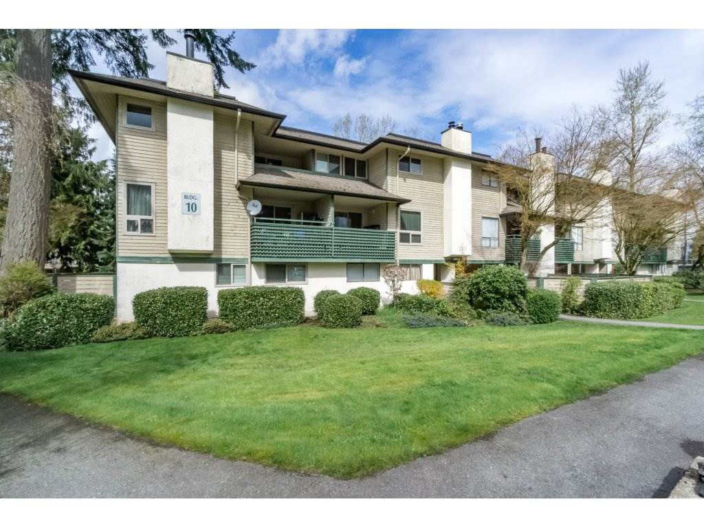 "Main Photo: 14865 HOLLY PARK Lane in Surrey: Guildford Townhouse for sale in ""HOLLY PARK"" (North Surrey)  : MLS®# R2155952"