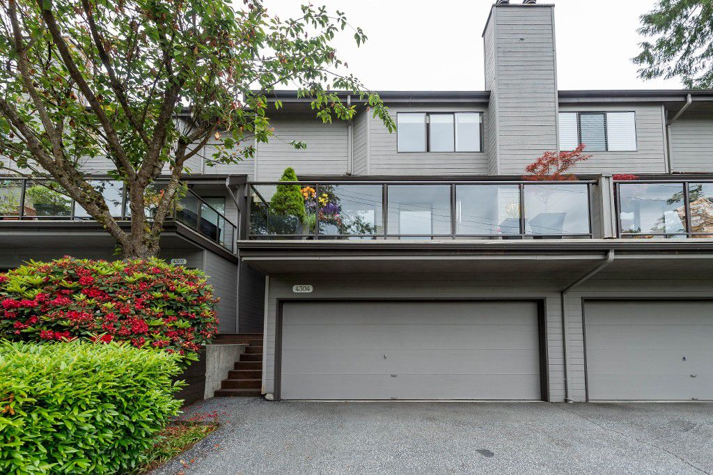 Main Photo: 4304 Naughton Avenue in North Vancouver: Deep Cove Townhouse for sale