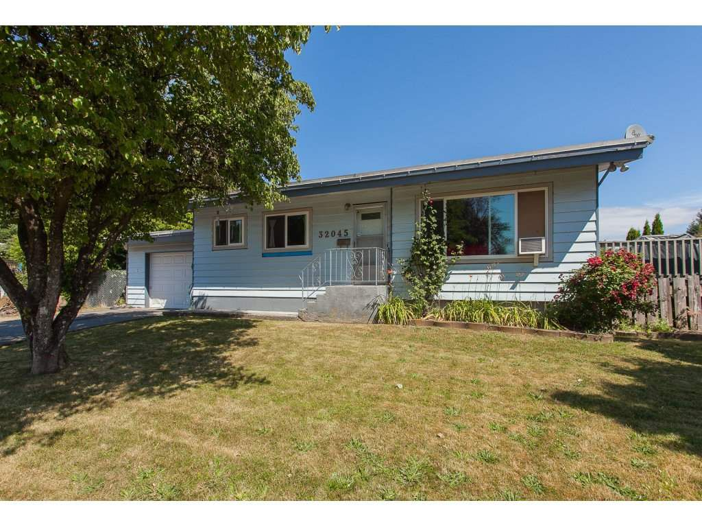 Main Photo: 32045 WESTVIEW Avenue in Mission: Mission BC House for sale : MLS®# R2186441