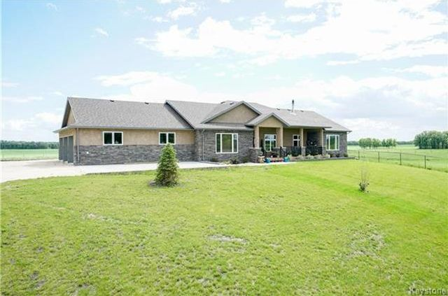 Main Photo: 240 Greenview Road in Winnipeg: South St Vital Residential for sale (2M)  : MLS®# 1809486