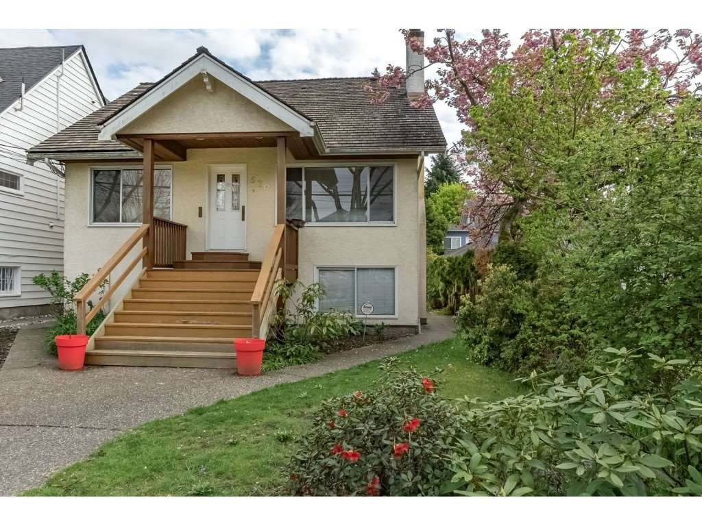 """Main Photo: 570 W 23RD Avenue in Vancouver: Cambie House for sale in """"Douglas Park area"""" (Vancouver West)  : MLS®# R2321614"""