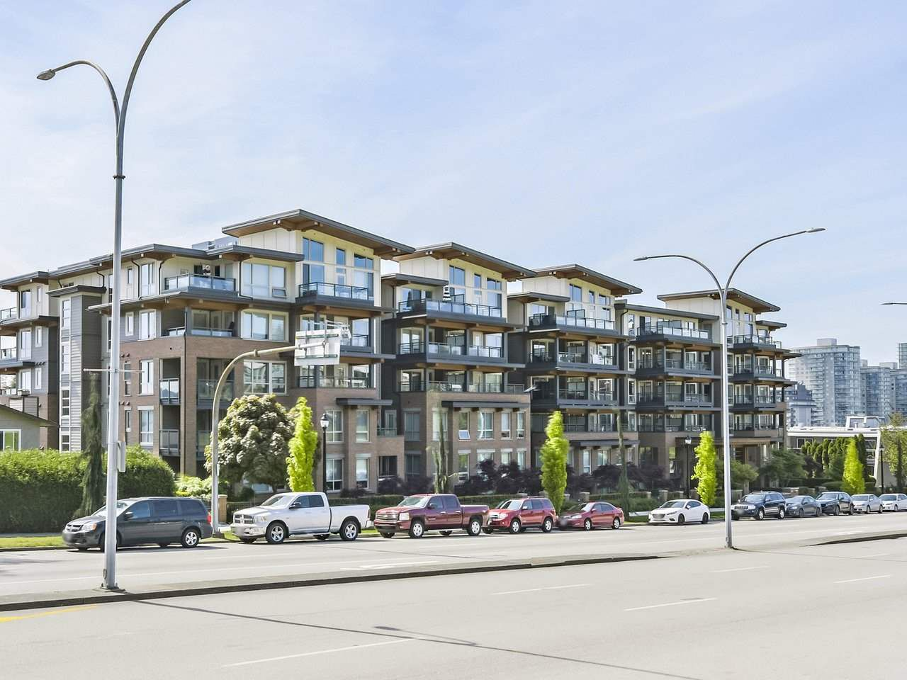 """Main Photo: 516 500 ROYAL Avenue in New Westminster: Downtown NW Condo for sale in """"Dominion"""" : MLS®# R2367106"""