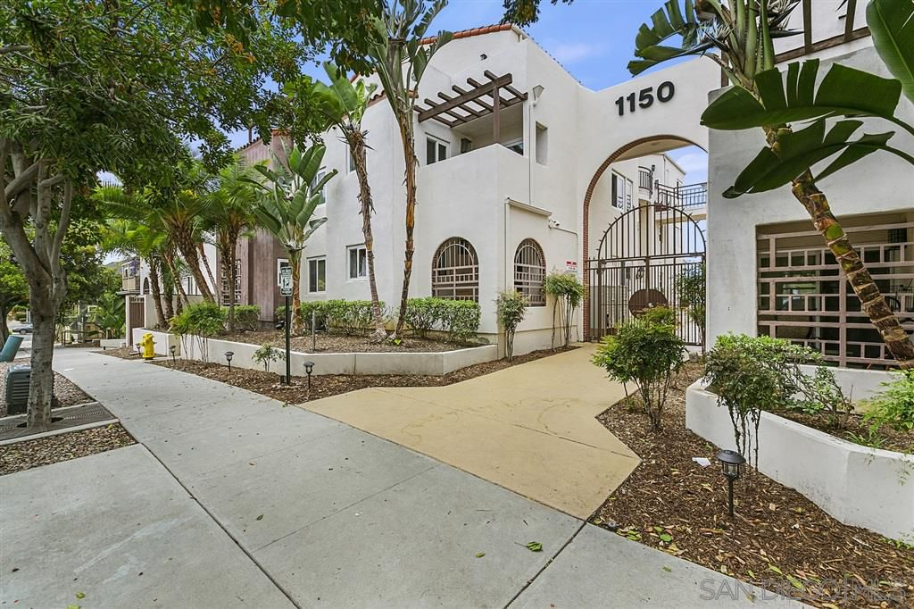 Main Photo: SAN DIEGO Condo for sale : 2 bedrooms : 1150 21st Street #3