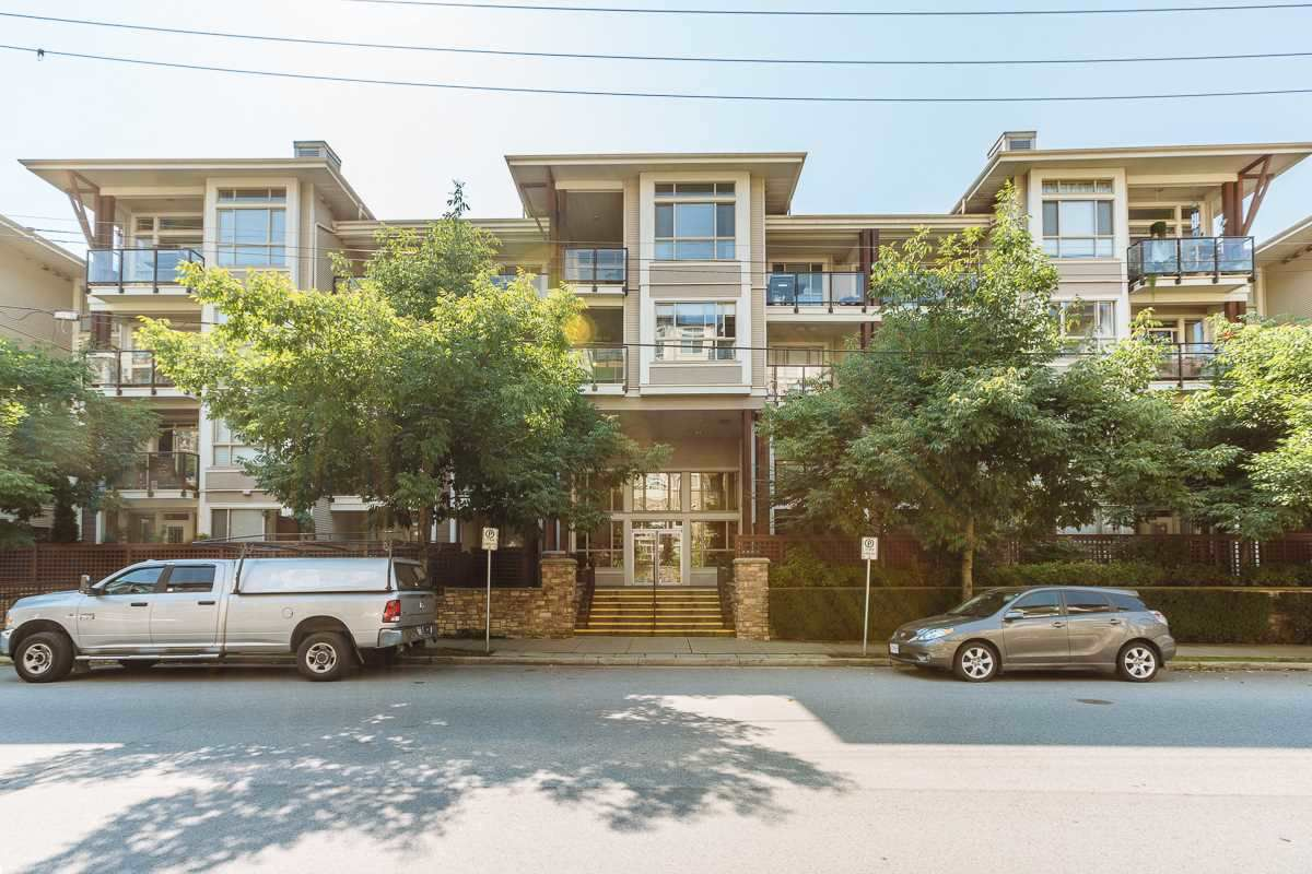 "Main Photo: 421 2484 WILSON Avenue in Port Coquitlam: Central Pt Coquitlam Condo for sale in ""VERDE BY ONNI"" : MLS®# R2385239"