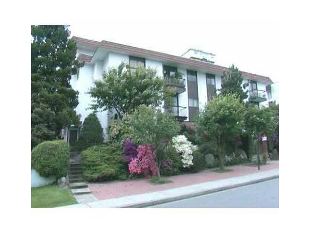 "Main Photo: 202 2234 W 1ST Avenue in Vancouver: Kitsilano Condo for sale in ""OCEAN VILLA"" (Vancouver West)  : MLS®# V874823"