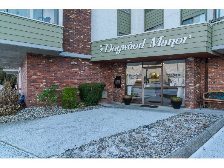 "Main Photo: 102 32040 PEARDONVILLE Road in Abbotsford: Abbotsford West Condo for sale in ""Dogwood Manor"" : MLS®# R2022074"