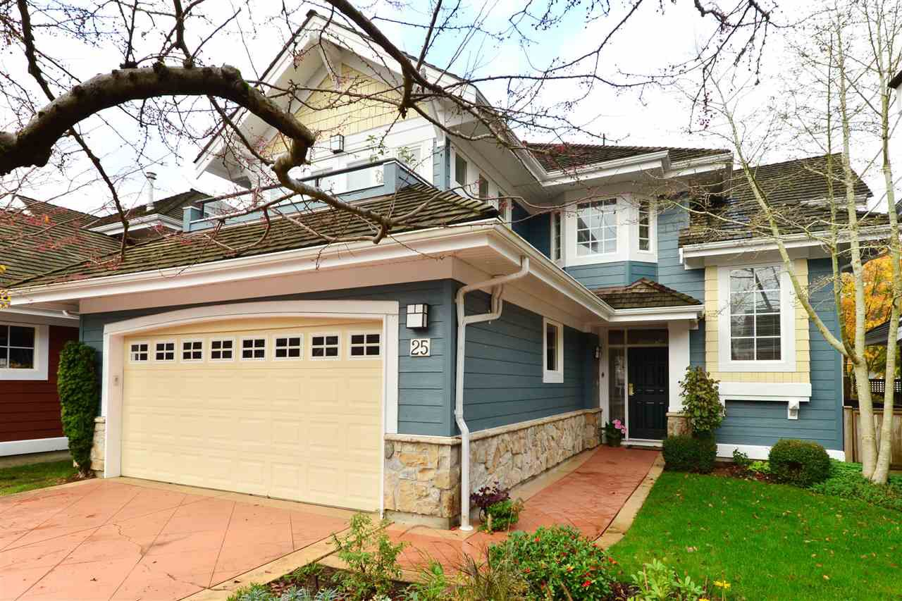 """Main Photo: 25 15055 20 Avenue in Surrey: Sunnyside Park Surrey Townhouse for sale in """"HIGHGROVE"""" (South Surrey White Rock)  : MLS®# R2124749"""
