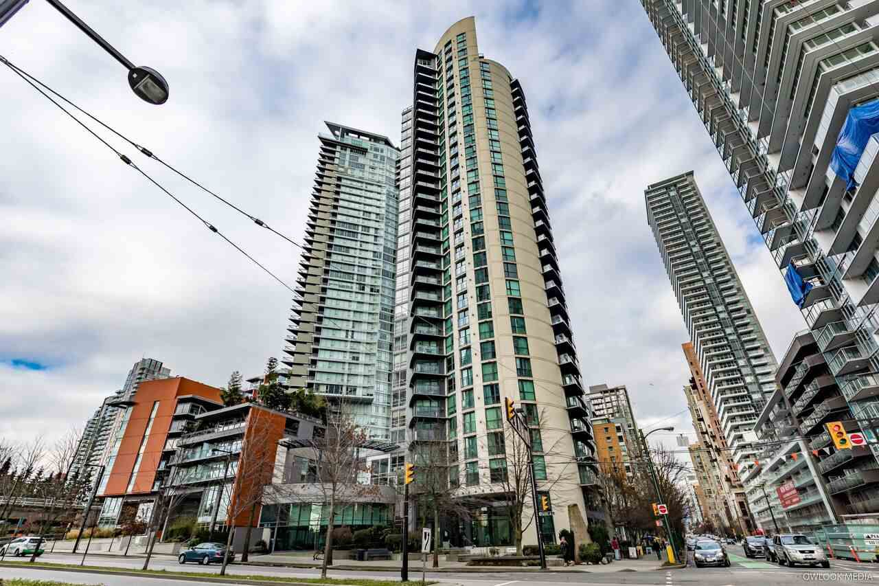 Main Photo: 404 501 PACIFIC Street in Vancouver: Downtown VW Condo for sale (Vancouver West)  : MLS®# R2243452