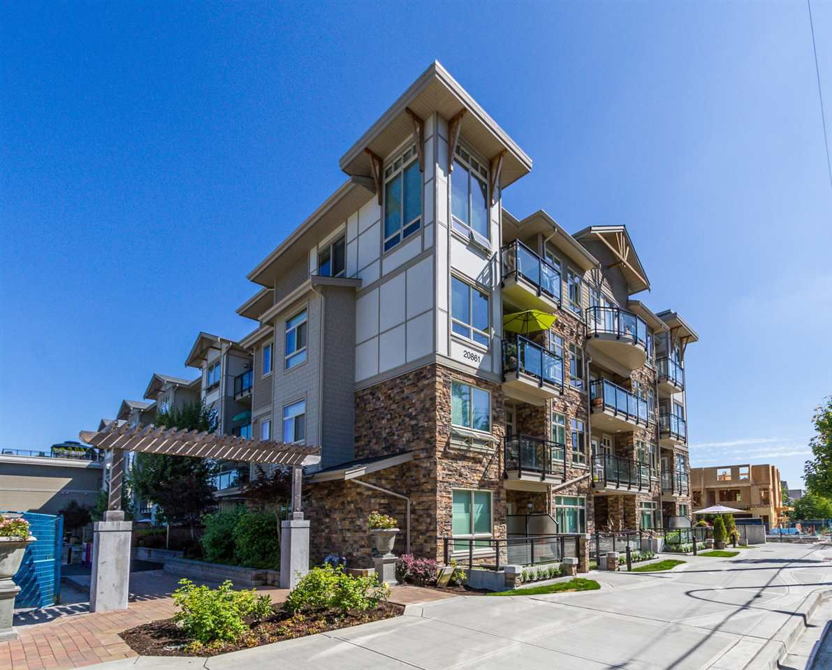 """Main Photo: 112 20861 83 Avenue in Langley: Willoughby Heights Condo for sale in """"Athenry Gate"""" : MLS®# R2265716"""