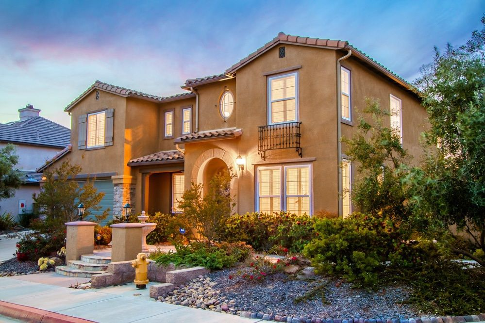 Main Photo: LA MESA House for sale : 5 bedrooms : 7560 CHICAGO DR