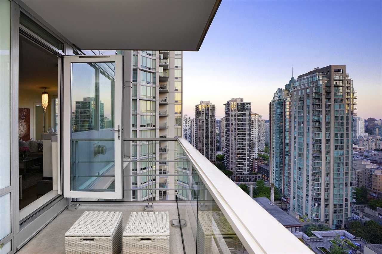 Main Photo: 2101 565 SMITHE Street in Vancouver: Downtown VW Condo for sale (Vancouver West)  : MLS®# R2292481