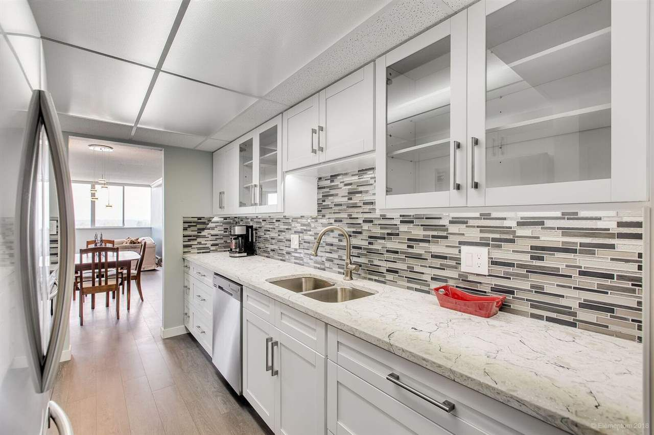 """Main Photo: 1008 11881 88 Avenue in Delta: Annieville Condo for sale in """"Kennedy Heights Tower"""" (N. Delta)  : MLS®# R2308857"""