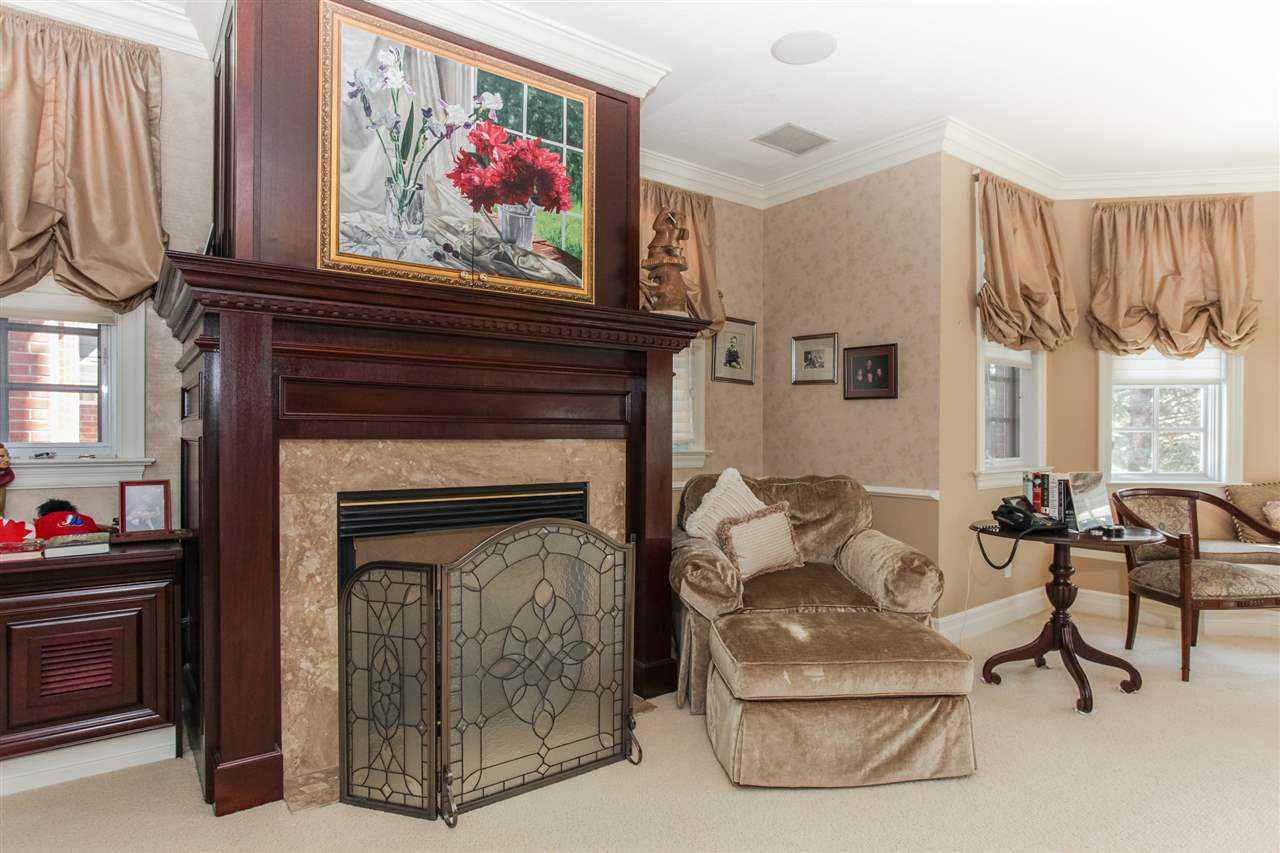 Photo 10: Photos: 108 WESTBROOK Drive in Edmonton: Zone 16 House for sale : MLS®# E4134510
