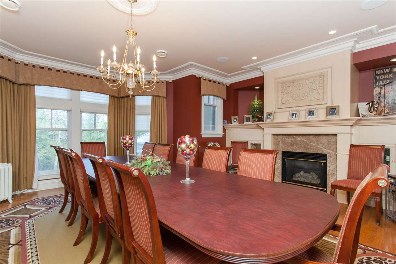 Photo 9: Photos: 108 WESTBROOK Drive in Edmonton: Zone 16 House for sale : MLS®# E4134510