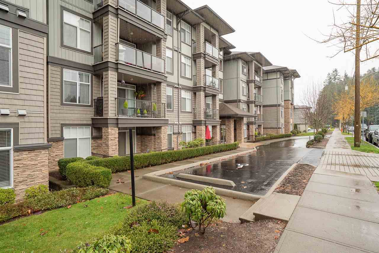 """Main Photo: 206 2068 SANDALWOOD Crescent in Abbotsford: Central Abbotsford Condo for sale in """"The Sterling"""" : MLS®# R2325184"""