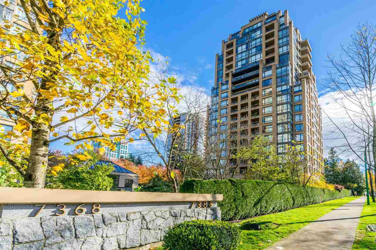 "Main Photo: 301 7388 SANDBORNE Avenue in Burnaby: South Slope Condo for sale in ""MAYFAIR PLACE"" (Burnaby South)  : MLS®# R2329932"