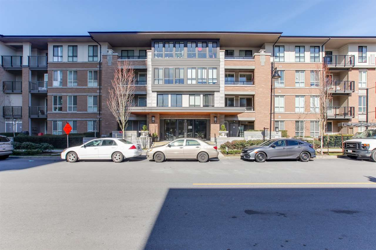 """Main Photo: 218 3107 WINDSOR Gate in Coquitlam: New Horizons Condo for sale in """"Bradley House at Windsor Gate"""" : MLS®# R2350966"""