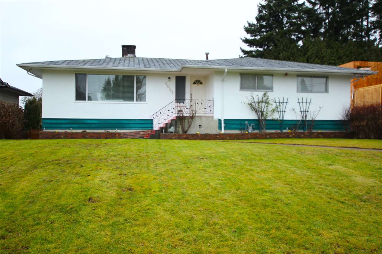 Main Photo: 2051 YEOVIL Avenue in Burnaby: Montecito House for sale (Burnaby North)  : MLS®# R2028496
