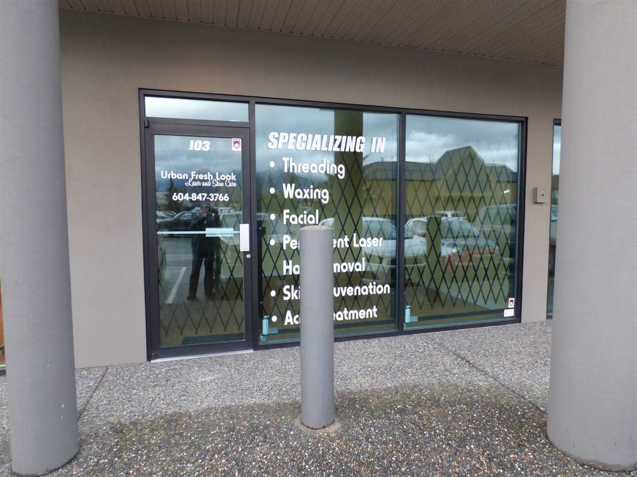 Main Photo: 103 45389 LUCKAKUCK Way in Chilliwack: Sardis West Vedder Rd Commercial for lease (Sardis)  : MLS®# C8004873
