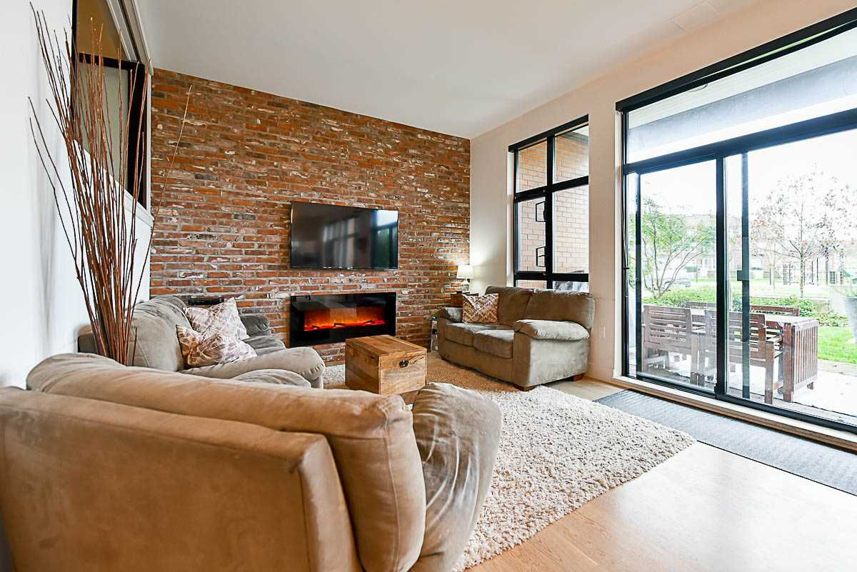 """Main Photo: 102 220 SALTER Street in New Westminster: Queensborough Condo for sale in """"Glasshouse Lofts"""" : MLS®# R2124872"""
