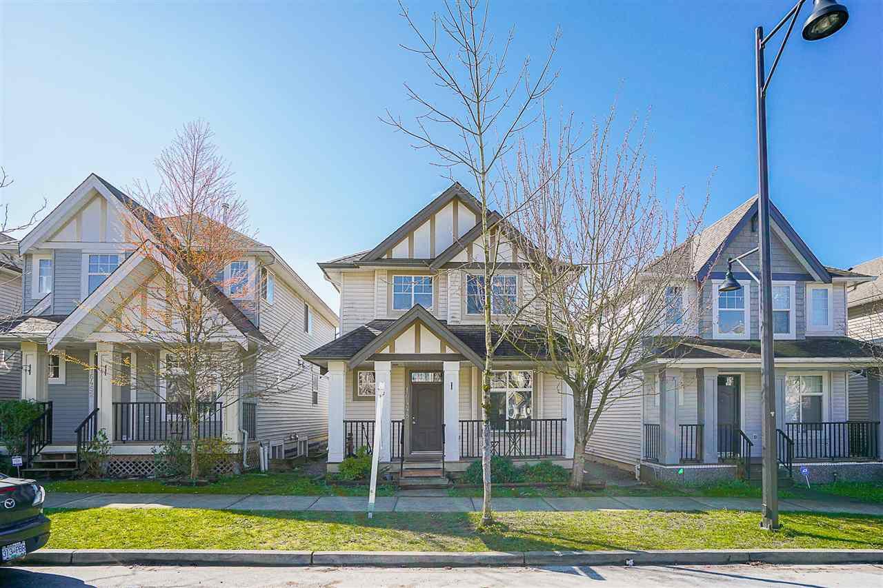 "Main Photo: 16448 60TH Avenue in Surrey: Cloverdale BC House for sale in ""West Cloverdale"" (Cloverdale)  : MLS®# R2154584"