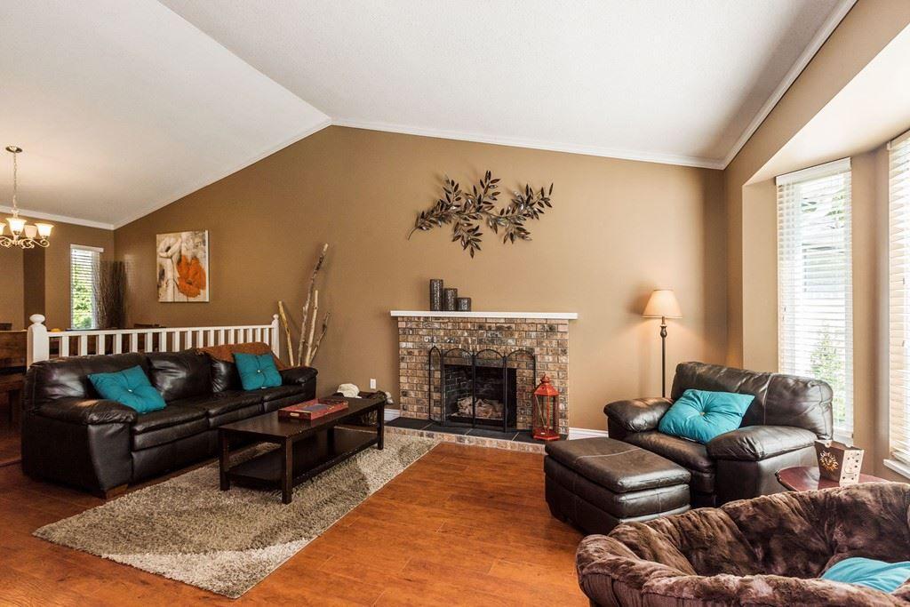 Main Photo: 9173 211B Street in Langley: Walnut Grove House for sale : MLS®# R2169622