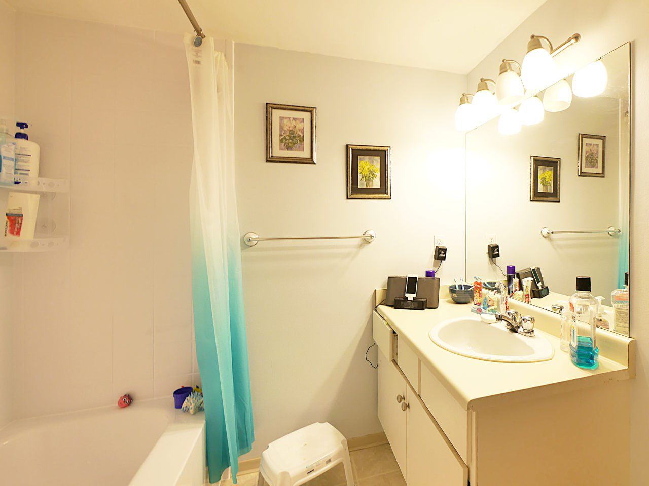 "Photo 8: Photos: 113 14945 100 Avenue in Surrey: Guildford Condo for sale in ""Forest Manor"" (North Surrey)  : MLS®# R2198225"
