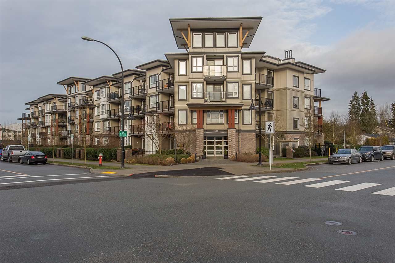 "Main Photo: 309 12075 EDGE Street in Maple Ridge: East Central Condo for sale in ""Edge on Edge"" : MLS®# R2231226"
