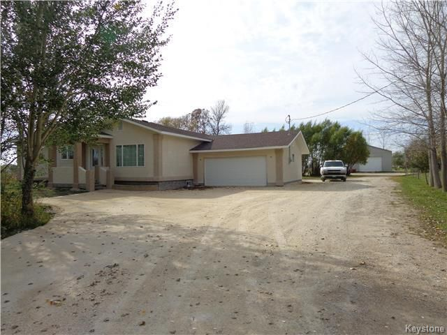 Main Photo: 1996 KEWERIGA Road: Grande Pointe Residential for sale (R07)  : MLS®# 1805768