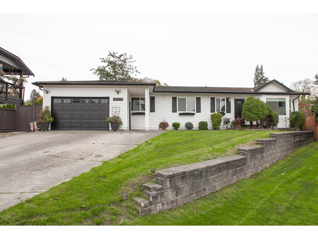 Main Photo: 18096 61 Avenue in Surrey: Cloverdale BC House for sale (Cloverdale)  : MLS®# R2312277