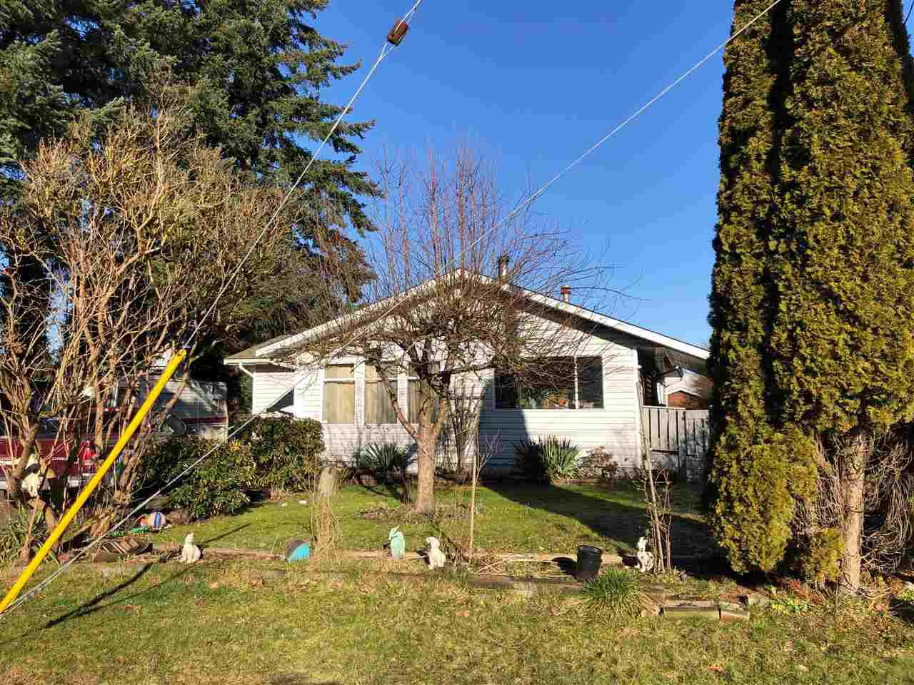Main Photo: 20205 98A Avenue in Langley: Walnut Grove House for sale : MLS®# R2337368