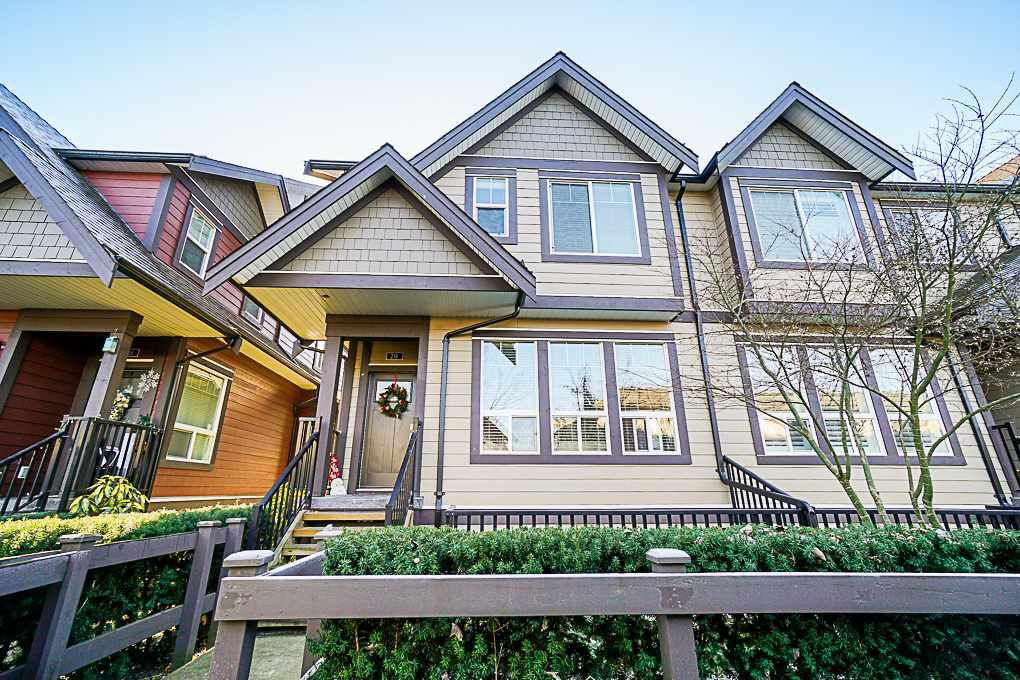 "Main Photo: 29 14877 60 Avenue in Surrey: Sullivan Station Townhouse for sale in ""Lumina"" : MLS®# R2340039"