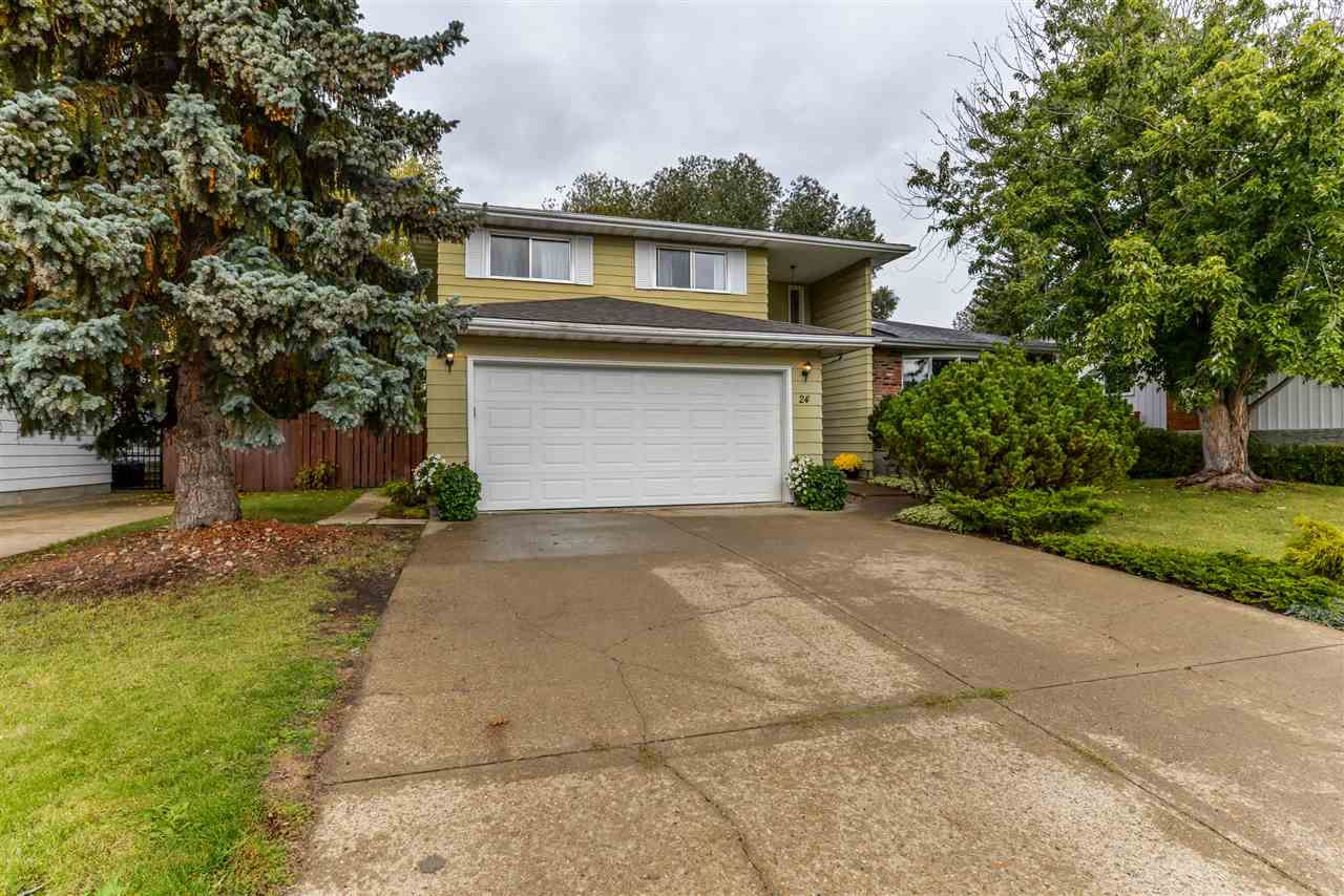 Main Photo: 24 WESTRIDGE Crescent in Edmonton: Zone 22 House for sale : MLS®# E4149854