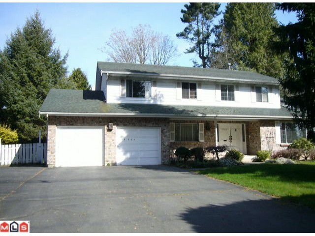Main Photo: 13735 MARINE Drive: White Rock House for sale (South Surrey White Rock)  : MLS®# F1206561