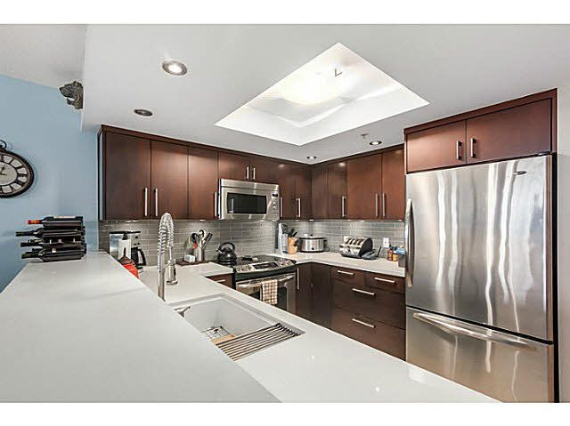 """Main Photo: 702 1128 QUEBEC Street in Vancouver: Mount Pleasant VE Condo for sale in """"City Gate"""" (Vancouver East)  : MLS®# V1105693"""