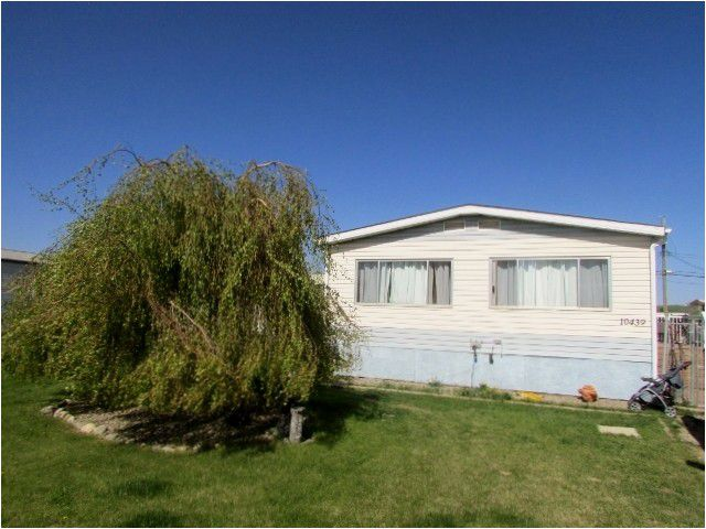 """Main Photo: 10439 100A Street: Taylor Manufactured Home for sale in """"TAYLOR"""" (Fort St. John (Zone 60))  : MLS®# N245044"""