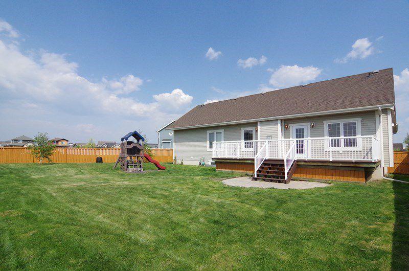 """Main Photo: 11024 88A Street in Fort St. John: Fort St. John - City NE House for sale in """"WHISPERING WINDS"""" (Fort St. John (Zone 60))  : MLS®# R2036660"""