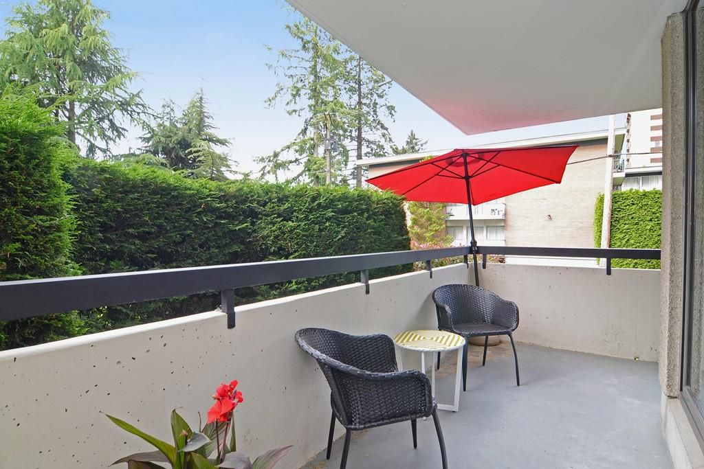 "Main Photo: 104 7171 BERESFORD Street in Burnaby: Highgate Condo for sale in ""MIDDLEGATE TOWERS"" (Burnaby South)  : MLS®# R2083546"