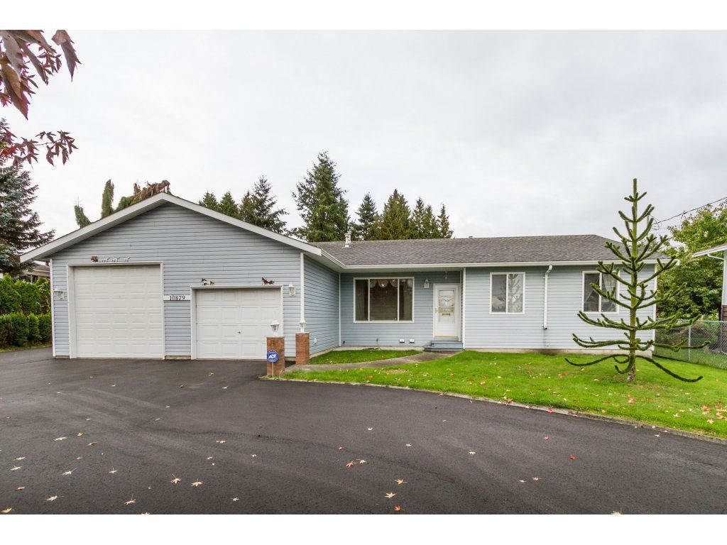 Main Photo: 10879 148TH Street in Surrey: Bolivar Heights House for sale (North Surrey)  : MLS®# R2116055