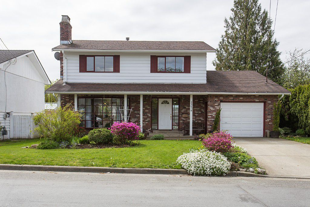 """Main Photo: 33678 7TH Avenue in Mission: Mission BC House for sale in """"Heritage Park"""" : MLS®# R2162763"""