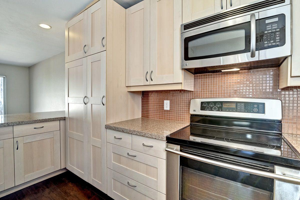 Photo 14: Photos: SCRIPPS RANCH Condo for sale : 3 bedrooms : 9973 Caminito Tomatillo in San Diego