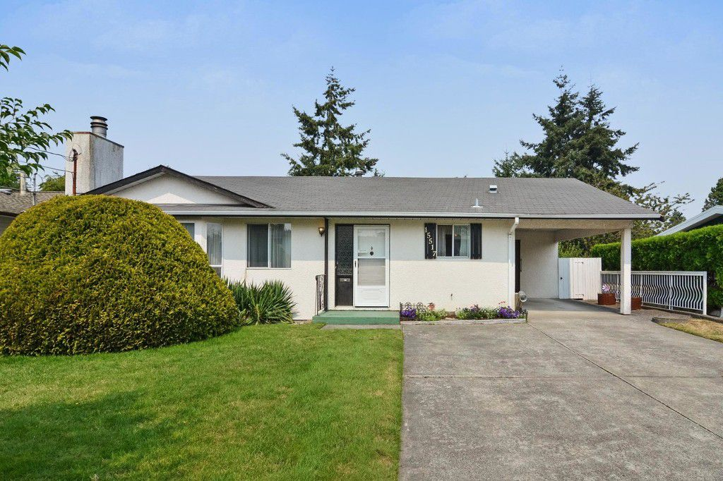 Main Photo: 15517 17 ave in Surrey: House for sale (South Surrey White Rock)  : MLS®# R2192308