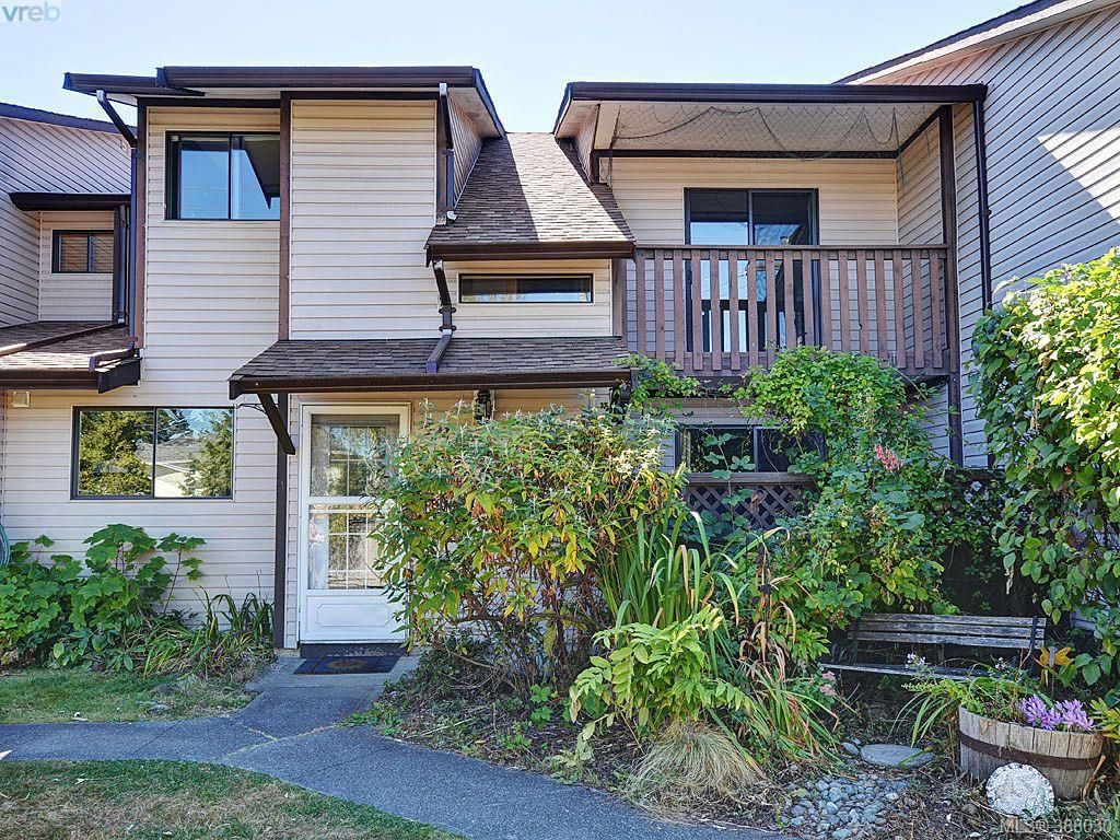 Main Photo: 35 1506 Admirals Road in VICTORIA: VR Glentana Townhouse for sale (View Royal)  : MLS®# 388030