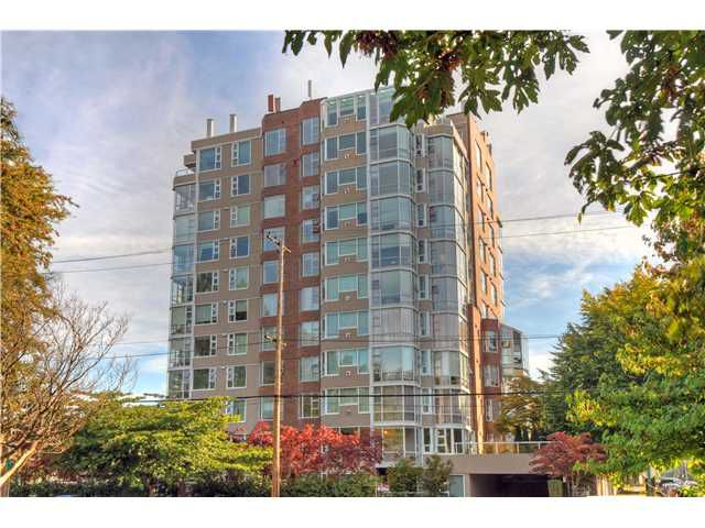 """Main Photo: 203 2020 HIGHBURY Street in Vancouver: Point Grey Condo for sale in """"HIGHBURY TOWERS"""" (Vancouver West)  : MLS®# V913658"""