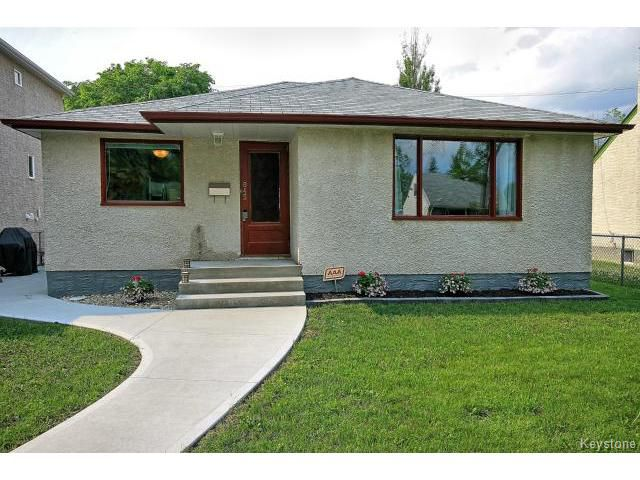 Main Photo: 845 Hector Avenue in WINNIPEG: Manitoba Other Residential for sale : MLS®# 1515618